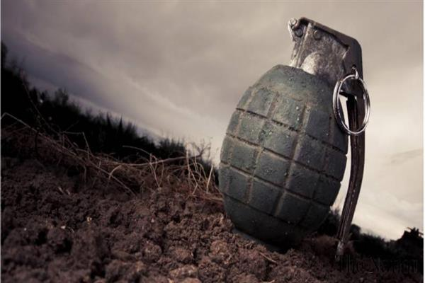 Militants attack police post in keegam Shopian | KNO