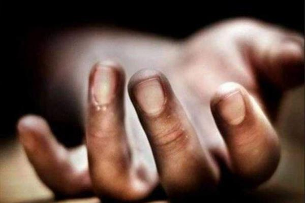 Dead body of active militant brother found in his native village Pulwama | KNO