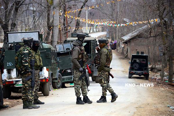 Back to back gunfights rattle South Kashmir | KNO