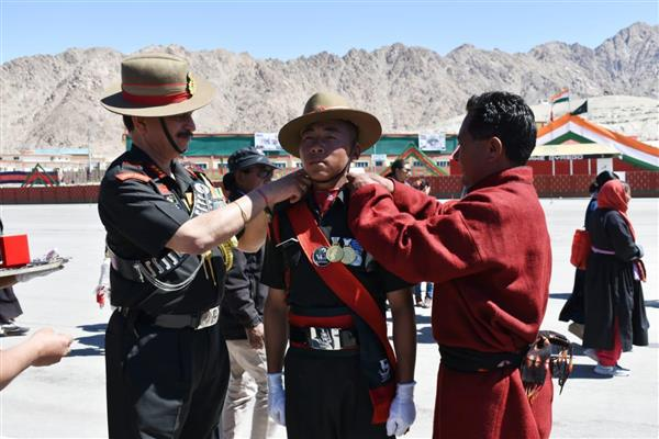 220 soldiers join Ladakh scouts regiment  | KNO