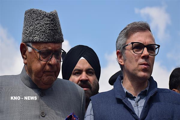 Dr. Farooq, Omar pay tributes to Pahalgam brave-heart for his heroic sacrifice | KNO