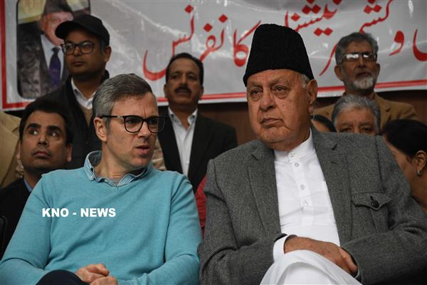 Dr Farooq, Omar Abdullah greet people on Eid Ul Fitr | KNO