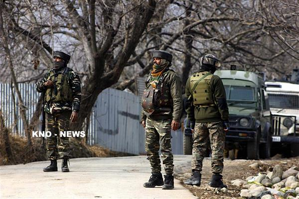 Militant, Army officer killed in ongoing Anantnag gunfight | KNO