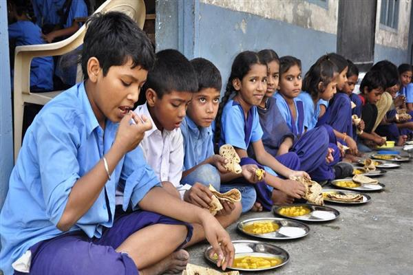 Mid-Day Meal funds, functionaries devolved to PRIs | KNO