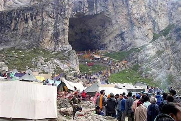 Amarnath Yatra: Adv Kumar, CS visit Baltal Base Camp, review arrangements | KNO