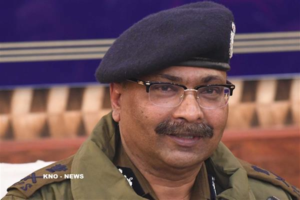 DGP sanctions scholarships of Rs 5.91 to 104 wards of slain policemen, deceased personnel | KNO