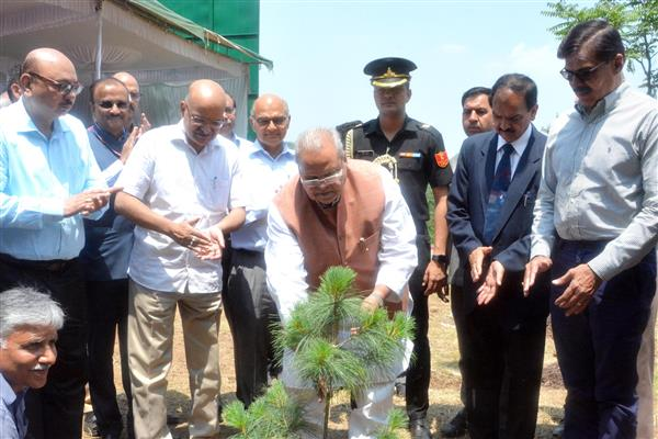 "Guv launches ""Green J&K Drive"", 50 lakh trees to be planted by June, 2020 