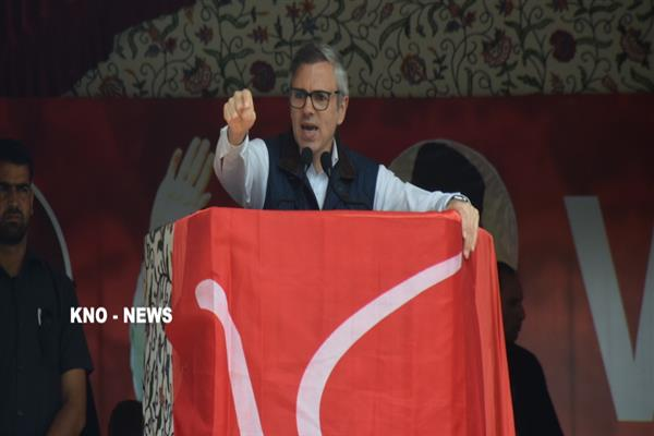 Omar lashes at Satya Pal Malik, says he never tires of lying | KNO