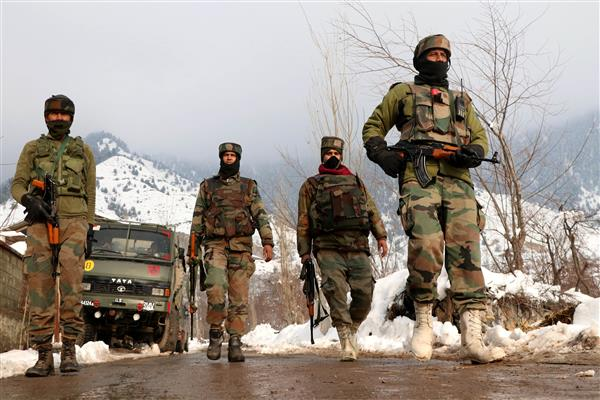 Anantnag encounter: Militants give slip to forces, internet restored | KNO