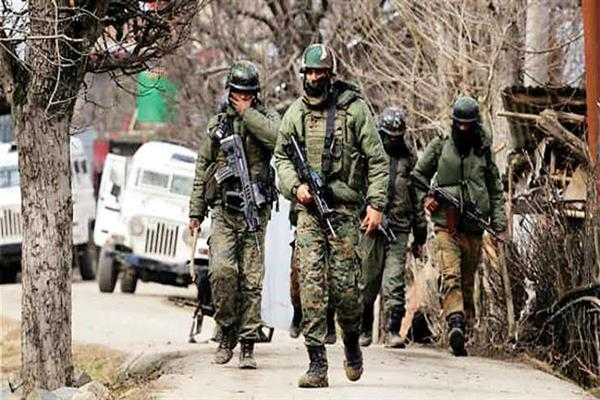 Encounter starts in Pulwama Village | KNO
