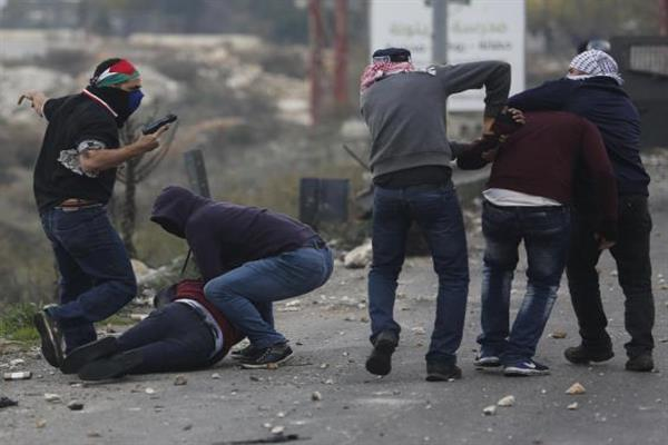 Jerusalem : Israeli undercover officers seen attacking Palestinian protesters | KNO
