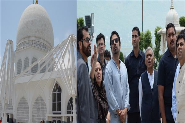 Tassaduq Mufti for preserving aesthetics of Hazratbal Shrine | KNO