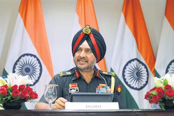 Local militant recruitment lowest, but boys picking up arms a matter of concern: Lt Gen Ranbhir Singh | KNO